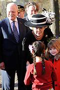 Koningin Beatrix luncht met de president van Slowakije Ivan Gasparovic in het Van Abbe Museum.<br /> <br /> Queen Beatrix lunch with the President of Slovakia Ivan Gasparovic in the Van Abbe Museum.<br /> <br /> On the photo / Op de foto:  Koningin Beatrix luncht en president van Slowakije Ivan Gasparovic komen aan bij het museum.
