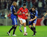 v.l. Mikael Tavares , Etey Shechter , Joris Mathijsen HSV<br /> Europa League Hapoel Tel Aviv - Hamburger SV<br /> <br /> Norway only