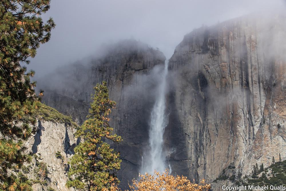 Upper Yosemite Falls, Yosemite Valley