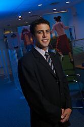Israel Hidalgo Hijazin, gerente de relacionamento<br /> Citibanck da agência Cristal, em Porto Alegre. FOTO: Jefferson Bernardes/Preview.com