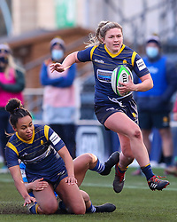 Hannah Bluck of Worcester Warriors Women breaks down the left flank - Mandatory by-line: Nick Browning/JMP - 09/01/2021 - RUGBY - Sixways Stadium - Worcester, England - Worcester Warriors Women v DMP Durham Sharks - Allianz Premier 15s