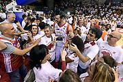 DESCRIZIONE : Reggio Emilia Lega A 2014-15 Grissin Bon Reggio Emilia - Banco di Sardegna Dinamo Sassari playoff Finale gara 5 <br /> GIOCATORE : Darius Lavrinovic<br /> CATEGORIA : esultanza postgame<br /> SQUADRA : Grissin Bon Reggio Emilia<br /> EVENTO : LegaBasket Serie A Beko 2014/2015<br /> GARA : Grissin Bon Reggio Emilia - Banco di Sardegna Dinamo Sassari playoff Finale gara 5<br /> DATA : 22/06/2015 <br /> SPORT : Pallacanestro <br /> AUTORE : Agenzia Ciamillo-Castoria/GiulioCiamillo<br /> Galleria : Lega Basket A 2014-2015 Fotonotizia : Reggio Emilia Lega A 2014-15 Grissin Bon Reggio Emilia - Banco di Sardegna Dinamo Sassari playoff Finale  gara 5<br /> Predefinita :