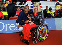 Thierry Henry award. Arsenal v Charlton Athletic, 26/8/00. Credit: Colorsport / Andrew Cowie.