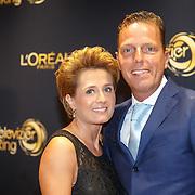 NLD/Amsterdam/20151015 - Televiziergala 2015, Rob de Geus en partner Suzanne Ozek