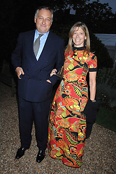 COUNT & COUNTESS EDMONDO di ROBILANT at the annual Cartier Chelsea Flower Show dinner held at the Chelsea Physic Garden, London on 21st May 2007.<br /><br />NON EXCLUSIVE - WORLD RIGHTS
