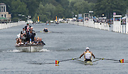 Henley on Thames. United Kingdom. Final,  Diamond Challenge Sculls, BEL M1X Hannes OBRENO's  holds slight led in the race with NZL M1X. Mahe DRYSDALE,  in the final push for the line       Sunday,  03/07/2016,      2016 Henley Royal Regatta, Henley Reach.   [Mandatory Credit Peter Spurrier/Intersport Images]
