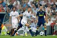 seizoen 2010 / 2011 15-09-2010 champions leaque real madrid - ajax 2-0 eyong enoh en christiano ronaldo