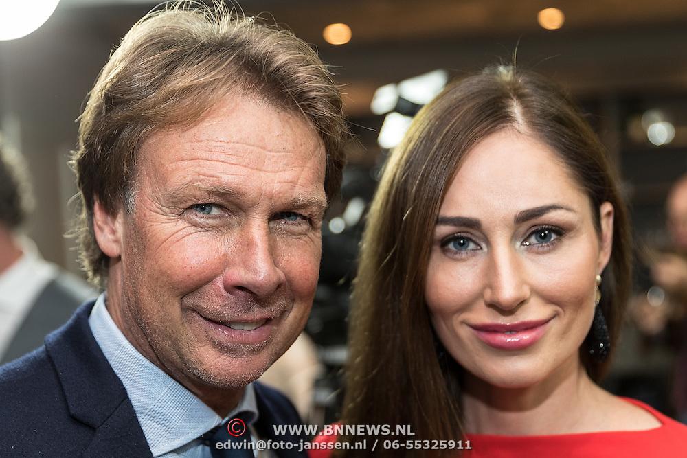 NLD/Lienden20161025 - Boekpresentatie Hans Kraay, Hans en model Femke Weijenburg