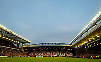 Photo. Jed Wee, Digitalsport<br /> Liverpool v Juventus, UEFA Champions League Quarterfinal First Leg, 05/04/2005.<br /> Fans and players observe a minute's silence as a mark of respect to the Pope and the victims of the Heysel tragedy.