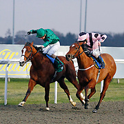 Satwa Laird and Jamie Spencer winning the 3.55 race