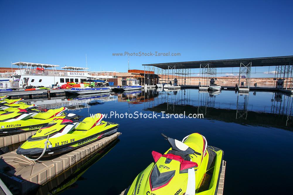 Wahweap marina, Lake Powell and the Glen Canyon National Recreation area Arizona, USA