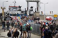 SCHIERMONNIKOOG - Vervoerbedrijf Wagenborg verzorgt de veerdienst tussen Lauwersoog en Schiermonnikoog.   Schiermonnikoog.  COPYRIGHT KOEN SUYK