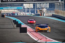 December 15, 2018 - Abu Dhabi, EMIRATS ARABES UNIS - 5 MCLAREN CUSTOMER RACING MCLAREN 720S GT3 PRO BEN BARNICOAT (GBR) ALVARO PARENTE (PRT) SHANE VAN GISBERGEN  (Credit Image: © Panoramic via ZUMA Press)