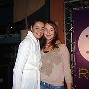 CD uitreiking Froukje de Both Hilversum, Froukje en haar zus Elsa