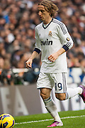 Luka Modric going to corner