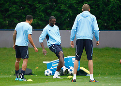 28.09.2010, Spurs Lodge, London, ENG, PL, Tottenham Hotspur Training, im Bild Tottenham's Ledley King.Tottenham Hotspur Training. EXPA Pictures © 2010, PhotoCredit: EXPA/ IPS/ Kieran Galvin +++++ ATTENTION - OUT OF ENGLAND/UK +++++ / SPORTIDA PHOTO AGENCY