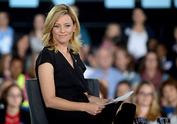 Elizabeth Banks holds a conversation with families about Hillary Clinton's agenda to support children and families and create an economy that works for everyone at Haverford Community Recreation & Environmental Center in Haverford, PA, USA, on October 4, 2016. Photo by Dennis Van Tine/ABACAPRESS.COM