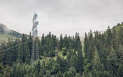 THEMENBILD - Strommasten auf bewaldeten Bergen, aufgenommen am 23. Juni 2019, am Hintersee in Mittersill, Österreich // Power pylons on the wooded mountains on 2019/06/23, Hintersee in Mittersill, Austria. EXPA Pictures © 2019, PhotoCredit: EXPA/ Stefanie Oberhauser