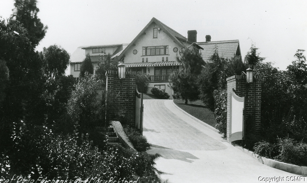 1933 Pickfair. Residence of Mary Pickford and Douglas Fairbanks