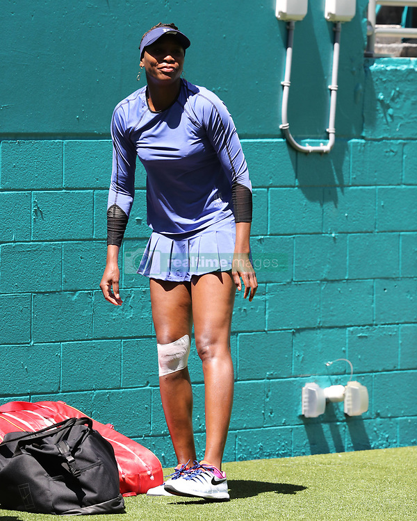 March 22, 2019 - Miami Gardens, Florida, United States Of America - MIAMI GARDENS, FLORIDA - MARCH 22:  Venus Williams on Day 5 of the Miami Open Presented by Itau at Hard Rock Stadium on March 22, 2019 in Miami Gardens, Florida..People: Venus Williams. (Credit Image: © SMG via ZUMA Wire)