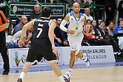 DESCRIZIONE : Eurolega Euroleague 2014/15 Gir.A Dinamo Banco di Sardegna Sassari - Real Madrid<br /> GIOCATORE : David Logan<br /> CATEGORIA : Palleggio<br /> SQUADRA : Dinamo Banco di Sardegna Sassari<br /> EVENTO : Eurolega Euroleague 2014/2015<br /> GARA : Dinamo Banco di Sardegna Sassari - Real Madrid<br /> DATA : 12/12/2014<br /> SPORT : Pallacanestro <br /> AUTORE : Agenzia Ciamillo-Castoria / Luigi Canu<br /> Galleria : Eurolega Euroleague 2014/2015<br /> Fotonotizia : Eurolega Euroleague 2014/15 Gir.A Dinamo Banco di Sardegna Sassari - Real Madrid<br /> Predefinita :