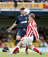 Photo: Chris Ratcliffe.<br />Southend United v Sunderland. Coca Cola Championship. 19/08/2006.<br />Grant Leadbitter (R) of Sunderland clashes with Kevin Maher of Southend.