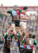 2004/05 Zurich Premiership,NEC Harlequins vs Gloucester, The Stoop,Twickenham, ENGLAND:<br /> Quins Simon Maling [left] contests the line out ball, with Alex Brown.<br /> <br /> Twickenham. Surrey, UK., 5th February 2005, Zurich Premiership Rugby,  The Stoop,  [Mandatory Credit: Peter Spurrier/Intersport Images],