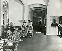 1946 Ladies gather in living room at the Hollywood Studio Club on Lodi
