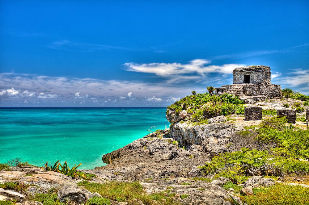 Templo Dios del Viento (God of Winds Temple) guarding Tulum's sea entrance bay site of a Pre-Columbian Maya walled city serving as a major port for Cobá. Yucatan, Riviera Maya, Mexico