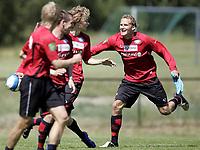 Fotball<br /> Tippeligaen Eliteserien<br /> Trening før Vålerenga - Lyn<br /> 19.06.07<br /> Valle <br /> (R-L) . Rune Lange , Steinar Strømnes , Thomas Holm , Jan Derek Sørensen<br /> Foto - Kasper Wikestad
