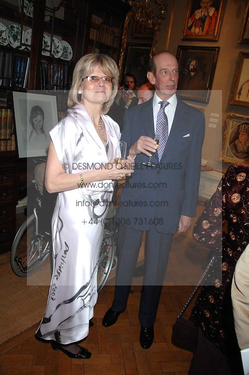 HRH The DUKE OF KENT and artist BARBARA KACZMAROWSKA HAMILTON at a private view of portraits, Still-Lives and Statues by artists Barbara Kaczmarowska Hamilton and Simon Boudard held at Partridge Fine Art Ltd, New Bond Street, London on 16th May 2007.<br /><br />NON EXCLUSIVE - WORLD RIGHTS