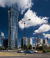 Warszawa. Najwyższy w stolicy 180 metrowy biurowiec Warsaw Spire