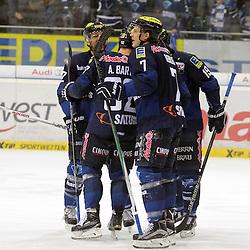 Torjubel zum 1:0 durch 19 Danny Irmen (Spieler ERC Ingolstadt) auf dem Bild 19 Danny Irmen (Spieler ERC Ingolstadt), 7 Brian Lebler (Spieler ERC Ingolstadt), 33 Bjoern Barta (Spieler ERC Ingolstadt) und 2 Patrick McNeill (Spieler ERC Ingolstadt) beim Spiel in der DEL, ERC Ingolstadt (blau) - Iserlohn Roosters (weiss).<br /> <br /> Foto © PIX-Sportfotos *** Foto ist honorarpflichtig! *** Auf Anfrage in hoeherer Qualitaet/Aufloesung. Belegexemplar erbeten. Veroeffentlichung ausschliesslich fuer journalistisch-publizistische Zwecke. For editorial use only.