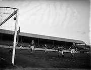 04/12/1954<br />