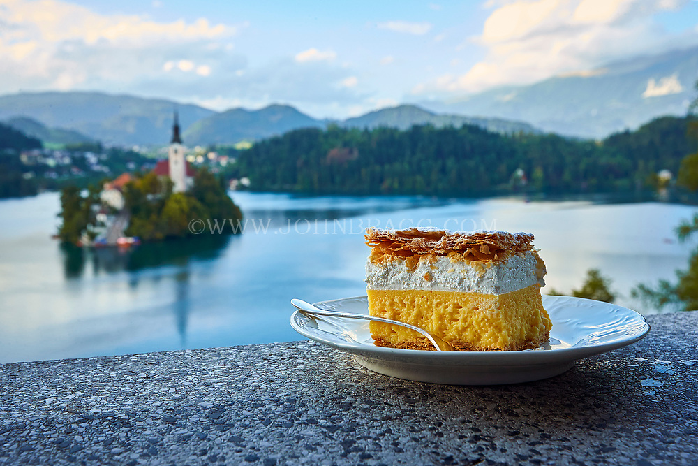 Bled, Slovenia, Lake, island, cake, cream, Kremna rezina, food, dessert, Europe, Vila Bled, caffe Belvedere