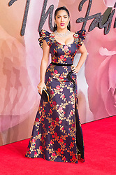 © Licensed to London News Pictures. 05/12/2016. SALMA HAYEK arrive for The Fashion Awards 2016 celebrating the best of British and international fashion. London, UK. Photo credit: Ray Tang/LNP