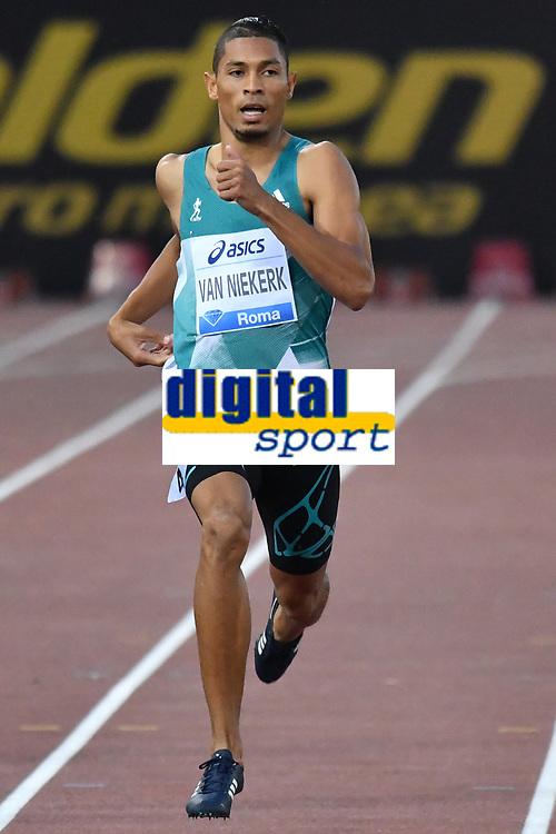 Wayde VAN NIEKERK RSA 400m Men Winner <br /> Roma 03-06-2016 Stadio Olimpico <br /> IAAF Diamond League Golden Gala <br /> Atletica Leggera<br /> Foto Andrea Staccioli / Insidefoto