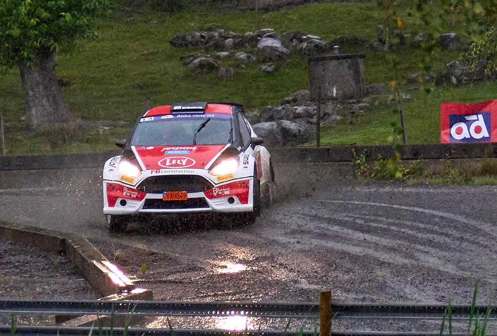 2021-08-27 ÄLMHULT<br /> South Swedish Rally 2021<br /> <br /> Robin AdolfssonVäxjö MS<br /> Nicklas JidfloVäxjö MS<br /> Ford Fiesta R5<br /> <br />  ***betalbild***<br /> <br /> Foto: Peo Möller<br /> <br /> South Swedish Rally 2021, rally, rallybil, grusväg, tävling, Älmhult, SM, deltävling, regn, Sydsvenska Rallyt 2021