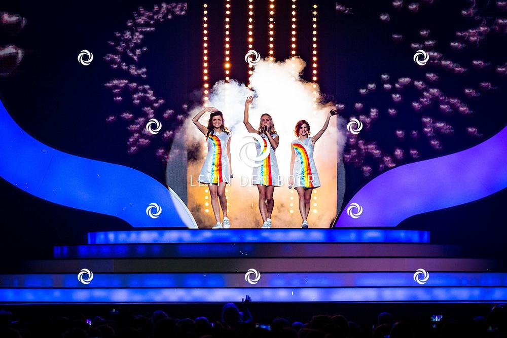 DEN BOSCH - In de Brabanthallen is de afscheidstour van K3 begonnen. Met hier op de foto de nieuwe K3 met Marthe de Pillecyn, Hanne Verbruggen en Klaasje Meijer. Foto Levin & Paula Photography