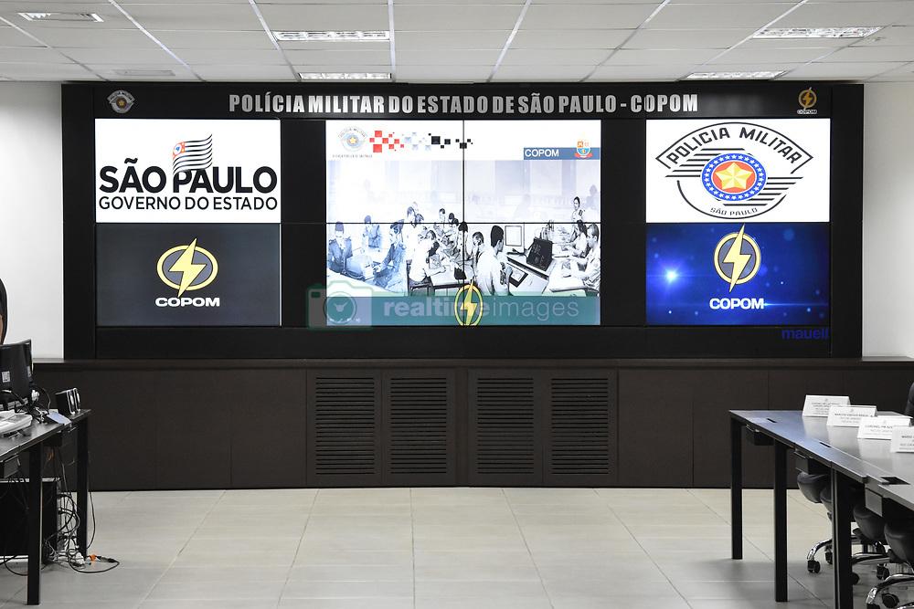 April 27, 2019 - SãO Paulo, Brazil - SÃO PAULO, SP - 27.04.2019: VISITA DE GOVERNADORES AO COPOM SP - Governors of the South and Southeast Integration Consortium (COSUD) visited the COPOM (Military Police Operation Center) in the Bom Retiro neighborhood, in São Paulo, on Saturday (27) (Credit Image: © Roberto Casimiro/Fotoarena via ZUMA Press)