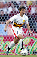 Fotball<br /> VM 2006<br /> Foto: Dppi/Digitalsport<br /> NORWAY ONLY<br /> <br /> FOOTBALL - WORLD CUP 2006 - STAGE 1 - GROUP D - ANGOLA v PORTUGAL - 11/06/2006 - FIGUEIREDO (ANG)