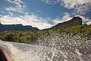 Canaima River snakes around Auyantepui, the flat topped mountain home to Angel Falls, Caniama National Park, Venezuela