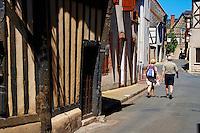 France, Cher (18), Sologne, Aubigny sur Nère, villes des Stuart, route Jacques Coeur, maison à colombage // France, Cher (18), Sologne, Aubigny-sur-Nere, the Jacques Coeur road, City of Stuart, old half timbering house