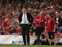Photo: Lee Earle.<br /> Barnsley v Swansea City. Coca Cola League 1. Play off Final. 27/05/2006. Swansea manager Kenny Jackett (L) looks on.