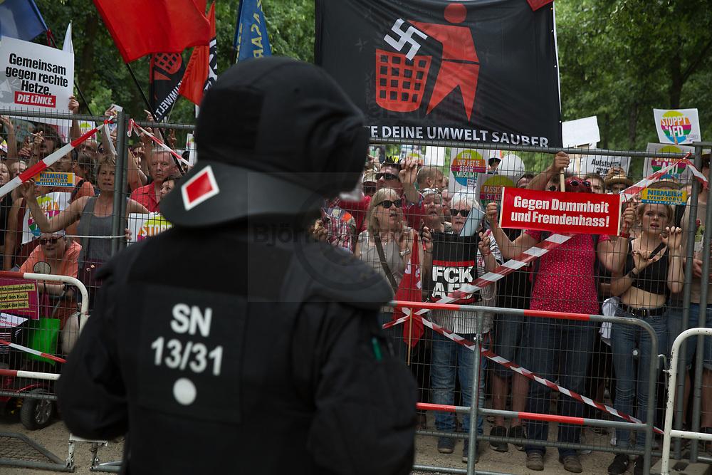 Berlin, Germany - 27.05.2018<br /> <br /> Tens of thousands of people protested at several demonstrations against a march of the right-wing populist party Alternative for Germany (AfD).<br /> <br /> Zehntausende Menschen haben auf mehreren Demonstrationen gegen einen Aufmarsch der rechtspopulitischen Alternative fuer Deutschland protestiert.<br /> <br /> Photo: Bjoern Kietzmann