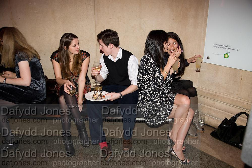 SHEILA SCANLAN; JACQUELINE O'LEARY, 2008 Turner Prize Award. Tate Millbank. London. 1 December 2008 *** Local Caption *** -DO NOT ARCHIVE -Copyright Photograph by Dafydd Jones. 248 Clapham Rd. London SW9 0PZ. Tel 0207 820 0771. www.dafjones.com