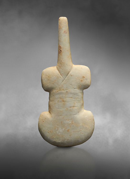 Cycladic violin shaped figurine. Early Cycladic Period I (Grotta-Pelos Phase 3200-2800 BC). National Archaeological Museum, Athens.   Gray background. .<br /> <br /> If you prefer to buy from our ALAMY PHOTO LIBRARY  Collection visit : https://www.alamy.com/portfolio/paul-williams-funkystock/cycladic-art-artefacts.html Type into the LOWER SEARCH WITHIN GALLERY box to refine search by adding background colour, place, museum etc<br /> <br /> Visit our CYCLADIC CIVILISATIONS PHOTO COLLECTIONS for more photos to download or buy as wall art prints https://funkystock.photoshelter.com/gallery-collection/Cycladic-civilisation-Ancient-Greek-Artefacts-art-Photos-Pictures-Images/C0000CmevVvnC.XU