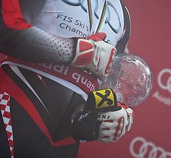 19.03.2011, Pista Silvano Beltrametti, Lenzerheide, SUI, FIS Ski Worldcup, Finale, Lenzerheide, Podium, im Bild  die Hände von Gesamtweltcup Sieger, Ivica Kostelic (CRO) // Overall Weltcup Winner, Men, Ivica Kostelic (CRO) during Men´s Downhill, at Pista Silvano Beltrametti, in Lenzerheide, Switzerland, 19/03/2011, EXPA Pictures © 2011, PhotoCredit: EXPA/ J. Feichter