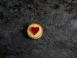 January 21, 2017 - Heart shaped cookie with jam on a slate (Credit Image: © Igor Golovniov/ZUMA Wire)