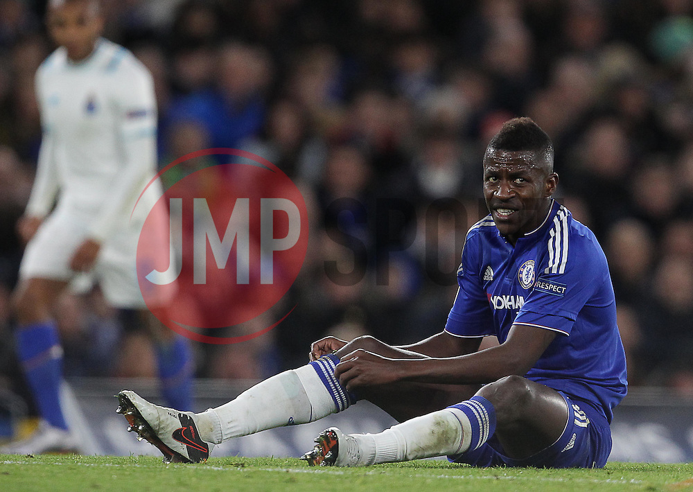 Ramires of Chelsea - Mandatory byline: Paul Terry/JMP - 09/12/2015 - Football - Stamford Bridge - London, England - Chelsea v FC Porto - Champions League - Group G